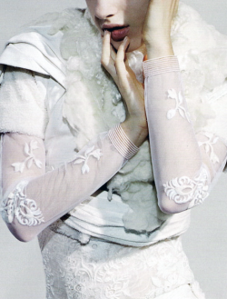 """Blonde Ambition"" Rodarte dress photographed by Jamie Morgan for POP Fall/Winter 2010"