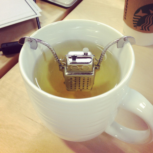 Just a robot chillin in a cup of tea.