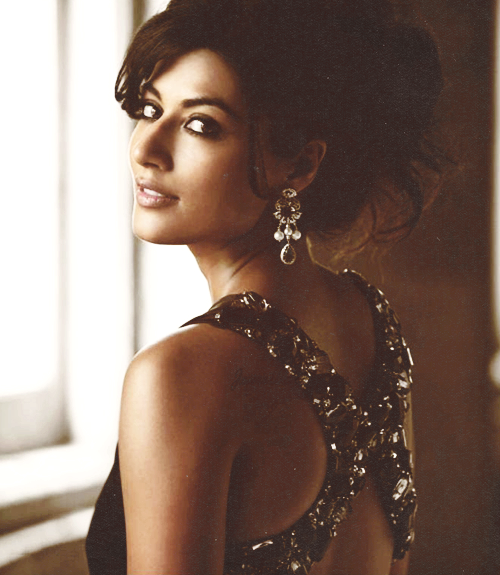 Can Chitrangadha Singh stop being so perf.