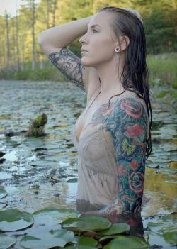 tattoo-is-love:  Inked dolls here.