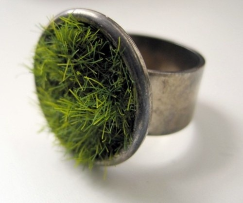 gregmelander:  GROW RING A fun ring where you can grow your own little plants. :) via O B J E C T I F I E D