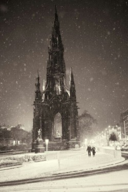 justanothercyanidesky:  Scott Monument - Edinburgh, Scotland