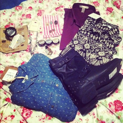 #haul number 2 #forever21 #f21 #studs #shirts #aztec #newlook #boots #pullandbear #denim #vintage #rings #scrabble #spikes #lush #cosmetics #handmade #maskofmagnaminty #freshfarmacy #necklace #earings #barrym #nailpolish #maybelline #colourtattoo #shopping #fashion
