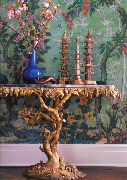 a-l-ancien-regime:  Chinoiserie details from designer's Michael Smith book Elements of Style (via Habitually Chic®)