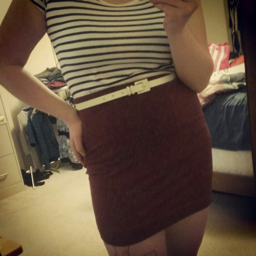"I got those cheap ""Essentials"" at H&M today. It's super cute, though! (:"
