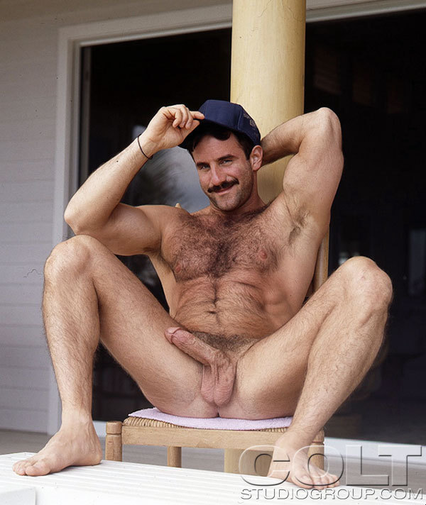 furbone:  hairyhotman:  hairyhotman.tumblr.com  shit yeah