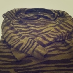 I just added this to my closet on Poshmark: Brown zebra long sleeved top. (http://bit.ly/TABdz4) #poshmark #fashion #shopping #shopmycloset