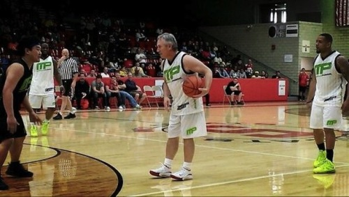 Coach Jim Tressel getting his hoop on at Maurice Clarett's charity basketball game. Got'em coach!
