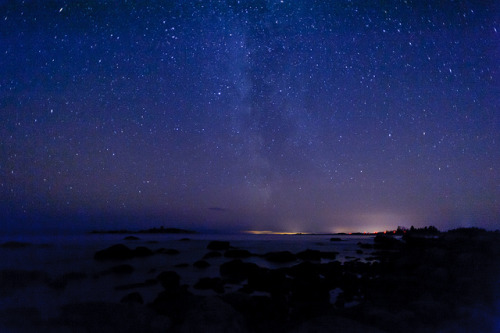 makinzie:  Milky way over the coast of Gulf of Bothnia by Jonas Wiklund on Flickr.