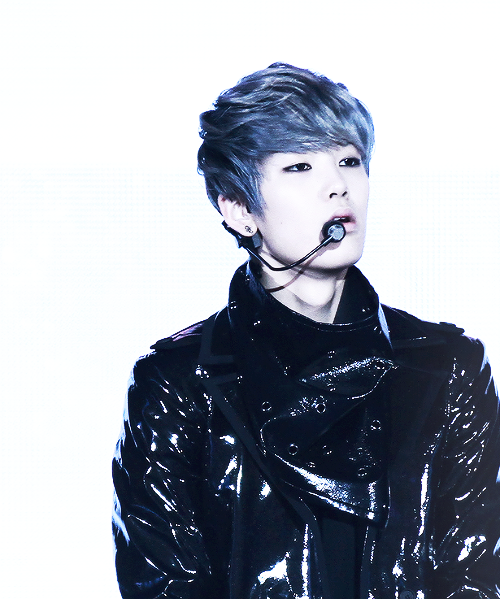 jyeahzelo:  kpop | Tumblr on We Heart It. http://weheartit.com/entry/62017434/via/rachel_rini_bling