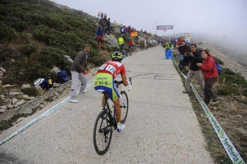 Vincenzo Nibali. Bola del Mundo climb, Vuelta a España 2010.