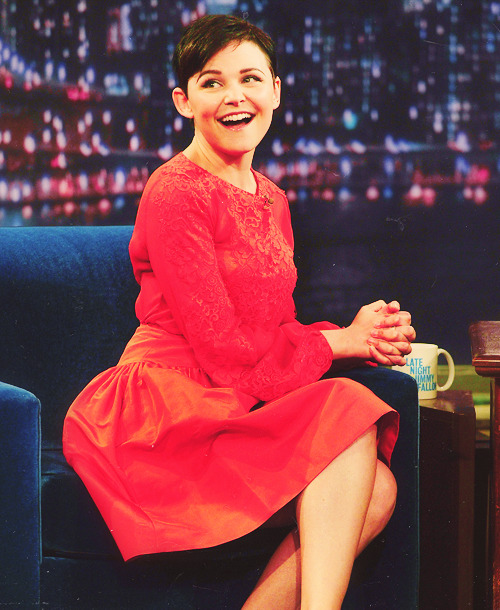 98/100 pictures of Ginnifer Goodwin {ginny @ The Late Show with Jimmy Fallon 01.09.13}