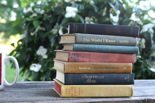 bookspresso:  Stack of Books by Virtualdistortion on Flickr.