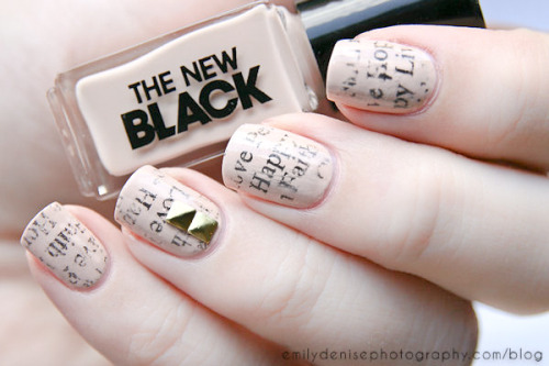 Newspaper nails using one of the Typography sets by The New Black. Head over to my blogpost for all the details!