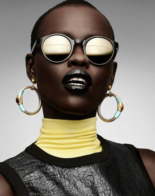 millideen:  blackfashion:  Grace Bol for Gravure Magazine Editorial: Pure Plastic Art magazine  Photographed by Manolo Campion  Wow