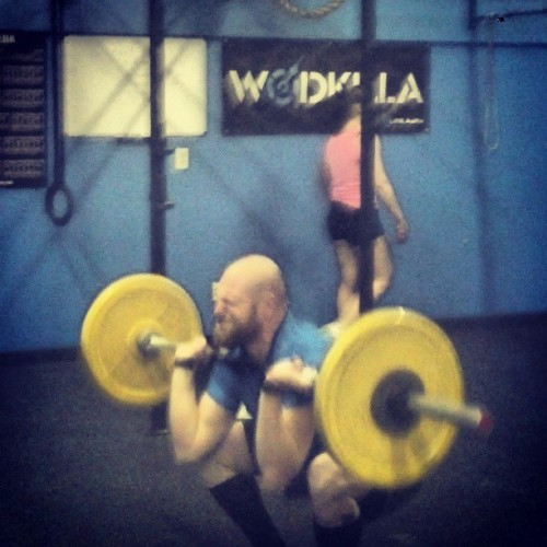 Pain. #thrusters #CrossFit done now to focus on post open life. @blonyx  (at Crossfit DNA)