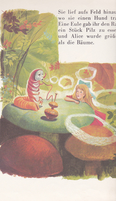 Illustrator: Jose Luis Macias S./Alice's Adventures In Wonderland.