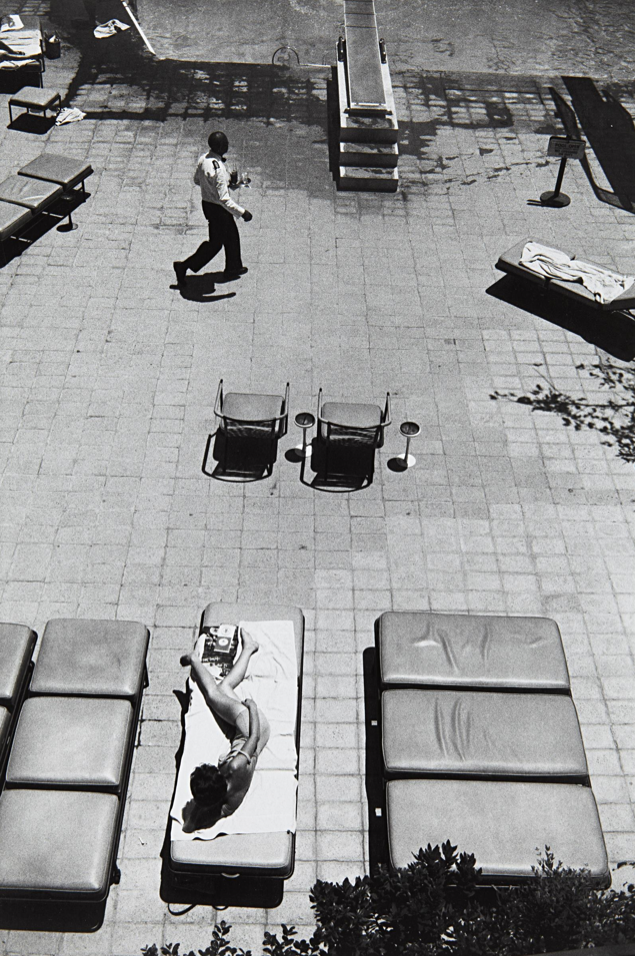 mpdrolet:  Beverly Hilton, Los Angeles, CA, 1964 Garry Winogrand