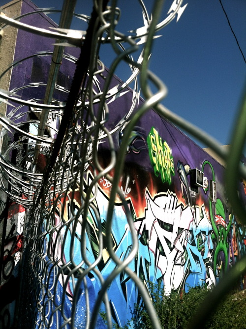 Barbed graffiti (Photo by Manny Sanchez)