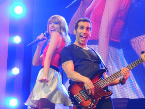 Taylor and Amos Stay, Stay, Stay - Orlando, FL The Red Tour 4/12