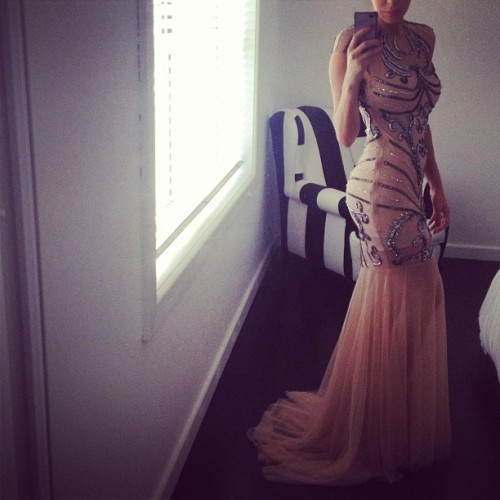 chanel-and-louboutins:  fashionistasrus:  Sydney's Dress  Chanel-and-Louboutins.tumblr.com