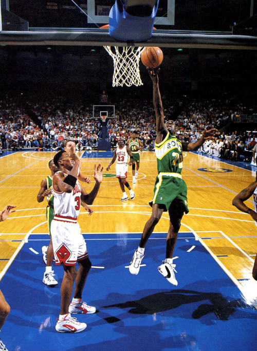 Scottie Pippen and Gary Payton - Nike Air Way Up  #WayUpWeek (and Michael Jordan - Air Jordan 11)