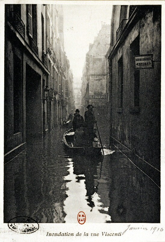 Inondation de la rue Visconti, en janvier 1910. BNF. More here and here