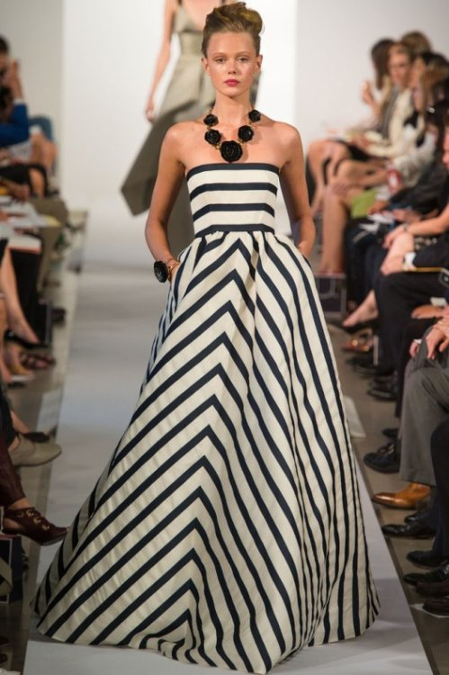 From Oscar de la Renta's Spring 2013 Collection. Love this look!