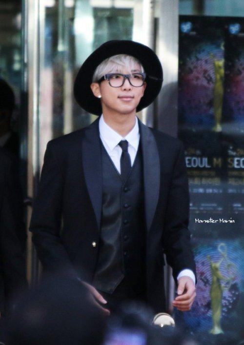 bts bangtan rapmonster 150122 aw:rapmonster monster mania black and white hats glasses f:rapmonster ties suits vests