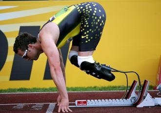 paulina-von-ribbentrop:  Oscar Pistorius   Nice view from the side.  :)