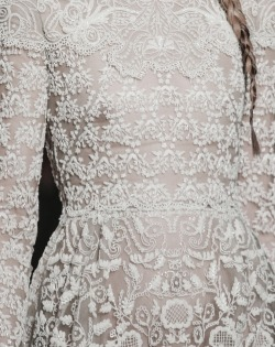 ilivebytherulesoffashion:  valentino fall 2013 http://ilivebytherulesoffashion.tumblr.com/