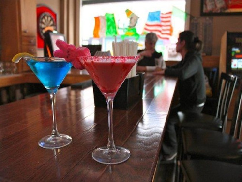 laughingsquid:  Peeptini, Sweet Marshmallow Peep Martini Offered in NYC Bar