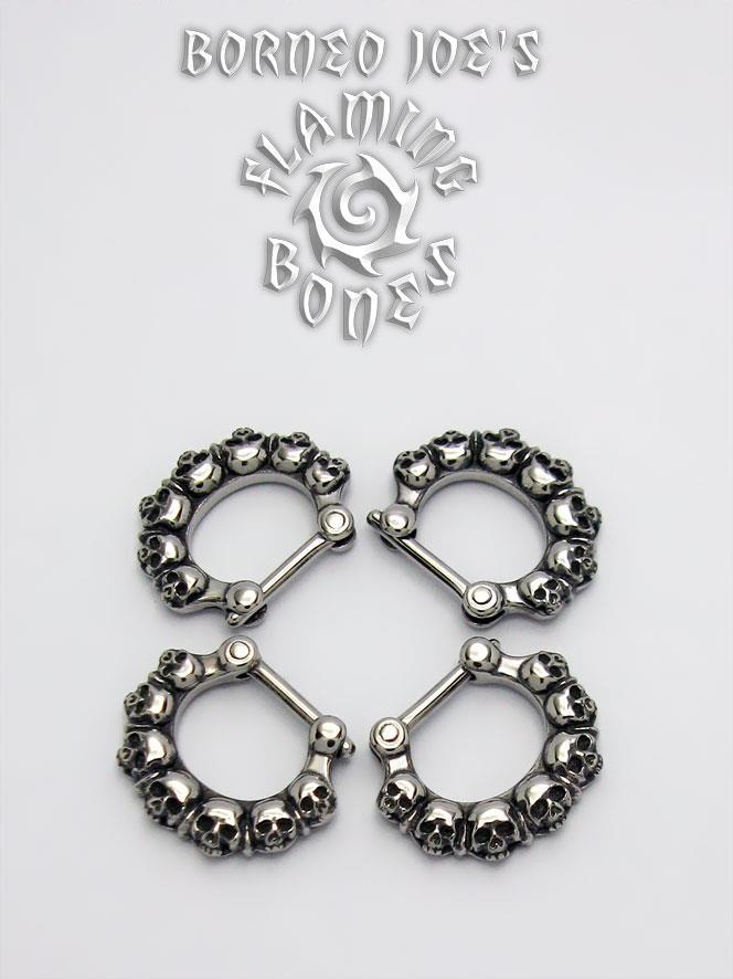 stephievonhutter:  New Septum Clicker from Flaming Bones Body Jewelry <3 www.flamingbones.com  Oh. My. God.