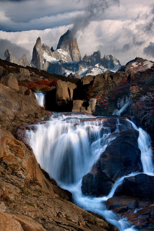 woodendreams:  (by Doug Solis)