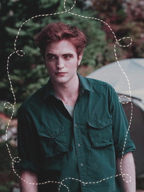 myotherblogisfamous: myotherblogisfamous:  natatwilight:  The Twilight saga: Eclipse. Edward Cullen.  Why is he wearing the same shirt through the whole movie…?  Edward: *about Jacob* doesn't he own a shirt? Edward: *smirks, feeling super proud of that one shirt he owns* #omgmgormgo #non è la stessa però