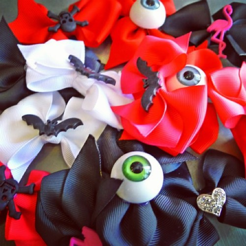 redstripeclothing:  Miss JamJam hair bows in abundance instore!! #missjamjam #perthdesigner #hairclips