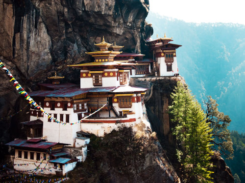 The Grand Tour of Asia: Bhutan | Taktsang Palphug monastery, or Tiger's Nest