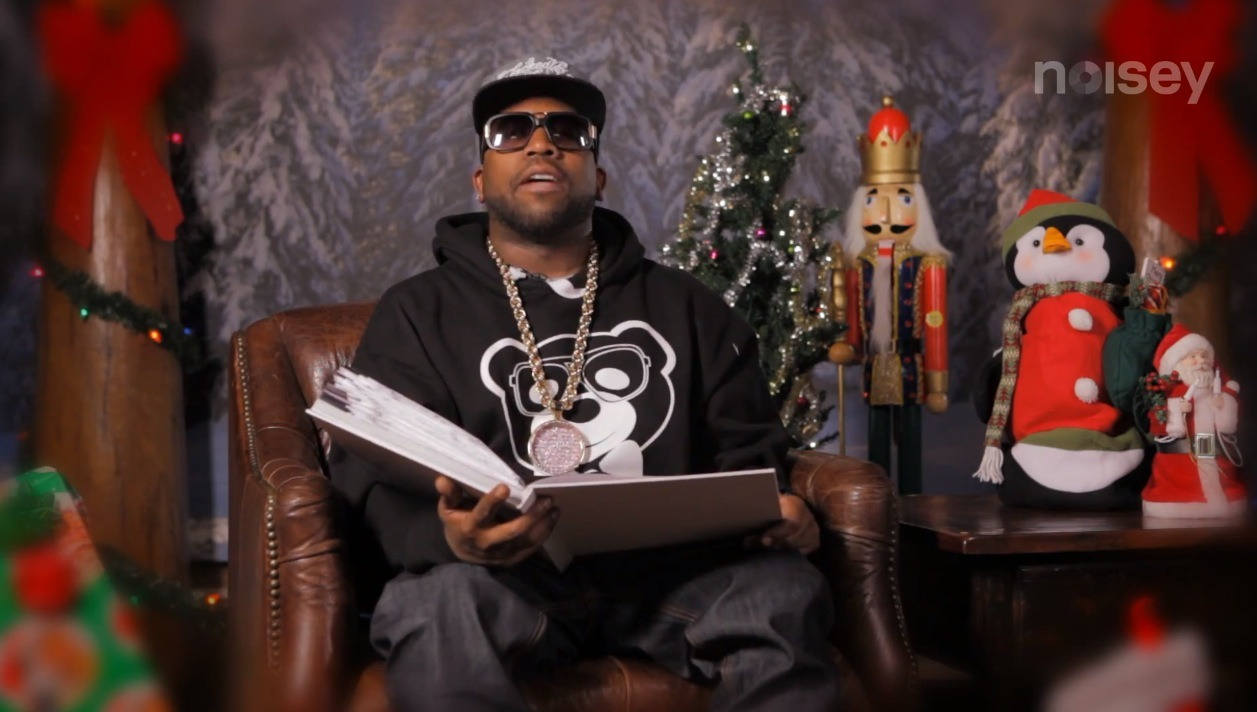 noiseymusic:   Big Boi aka Daddy Fat Sacks aka Sir Lucious Left Foot aka one half of the mighty OutKast stopped by the VICE offices to entertain all the good little girls and boys with Dr. Seuss's Christmas time classic How The Grinch Stole Christmas. Watch it here.