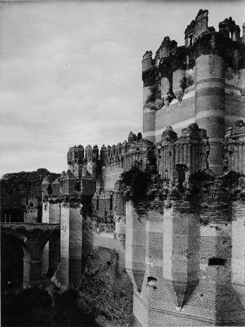 Castillo Coca, Spain, 1925 photo by Kurt Hielscher