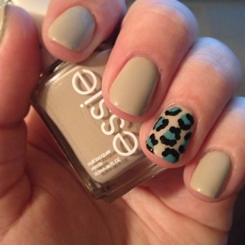 My first attempt at doing a leopard print on my nails!