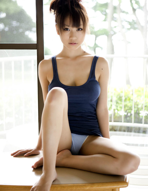 i-really-love-women:  Mai Nishida 西田麻衣