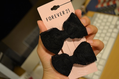juyons-nikon:  Lace bows from Forever 21 and I love them!