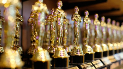 Happy almost Academy Awards time! Click here to enter our giveaway to win an awesome viewing party kit… (Image from Orange-Pyramids.tumblr.com)