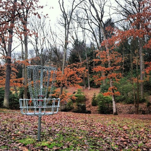 jjgxxx:  Played my best front 9 round today!  #discgolf (at Oil City DGC)