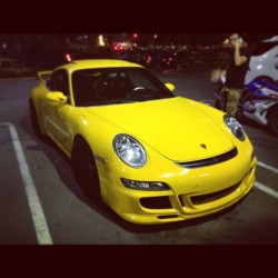 Clean #carrera at #snowflake lastnight. #porshe #fastlife #yellow #rollcage #slammed #stancenation #slammedsociety