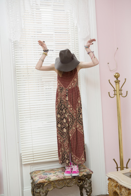 fleurilia:  obscuare:  new rosy blog  gypsy