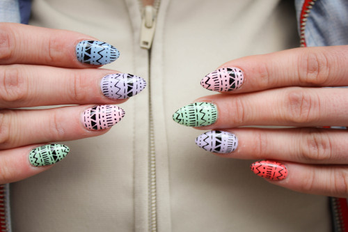 boomnails:  Pastel Patterns For Grace