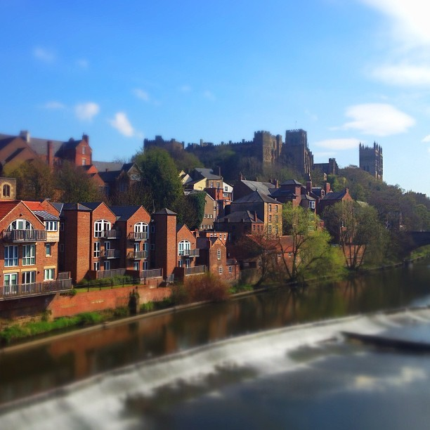 Experimenting with a bit of #tiltshift #durham