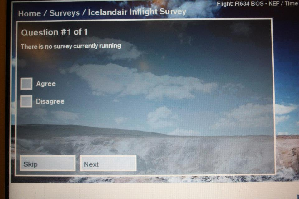 Paradoxical survey from Icelandair -ayakirk