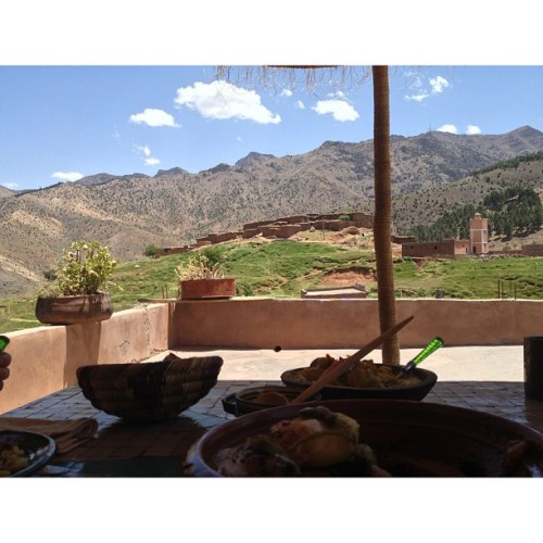 Lunch spent 1600m up in the Atlas Mountains with a Berber family in Morocco. YEAH BOI! #epicviews #luckypanda